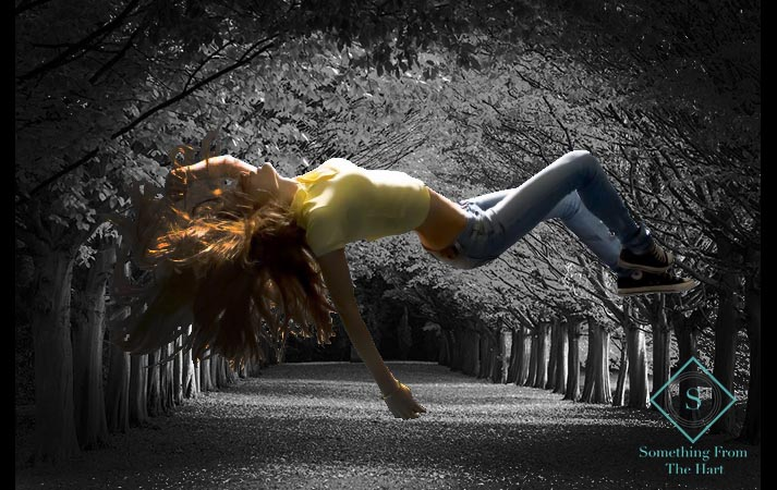 Girl-Floating-in-the-Air 123